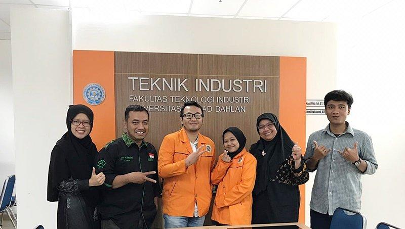 2 Mahasiswa Teknik Industri Mengikuti Student Exchange di  Universiti Malaysia Pahang (UMP)