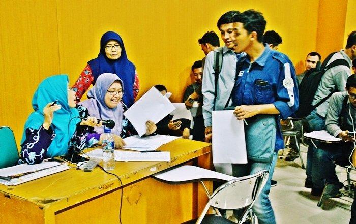 evaluasi studi FTI UAD angkatan 2014 (5)